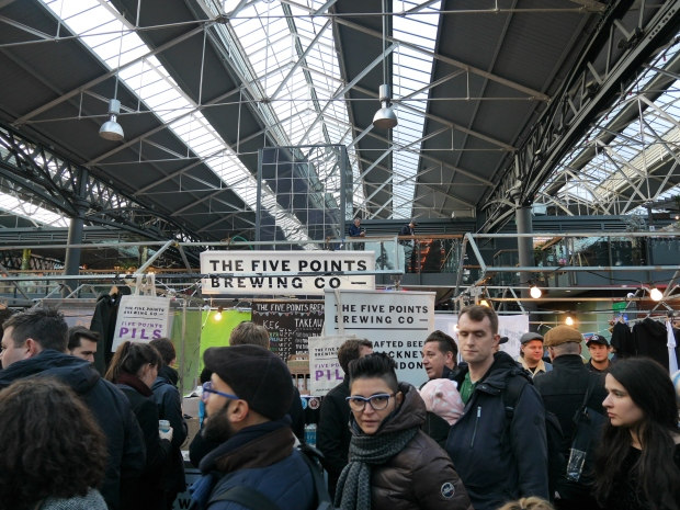 london-brewers-market-crowd-xmas-lbm-2016