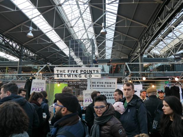 London Brewers' Market crowd Xmas LBM 2016.jpg
